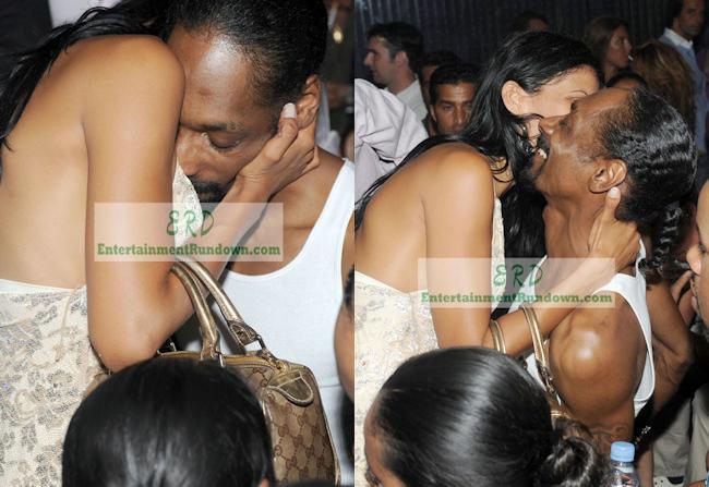 A algunas mujeres les gusta besarse entre si - 1 part 1