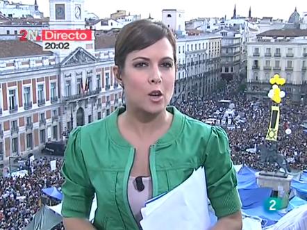La 2 noticias en directo desde la puerta del sol 20 05 for Puerta del sol en directo ahora