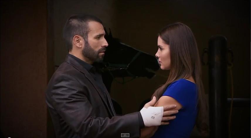 Rafael Amaya (Aurelio Casillas) & Marlene Favela (La Gober ...