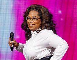 Oprah Winfrey sufre una aparatosa caída mientras impartía una conferencia