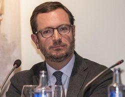 """TVE llama a Javier Maroto """"portavox"""" del PP en un comentado rótulo erróneo en sus informativos"""
