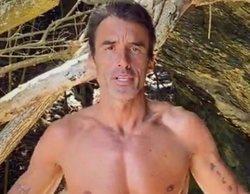 'Supervivientes 2020': Hugo Sierra, semidesnudo enseña el culo tras una prueba de recompensa