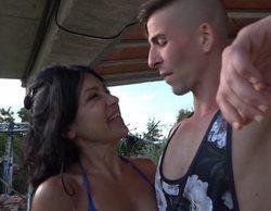 Maite Galdeano y Labrador, inesperados protagonistas del primer beso en 'La casa fuerte'