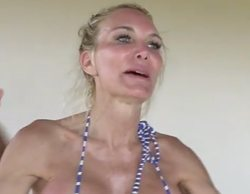 Yola Berrocal zanja una discusión con Oriana Marzoli enseñándole sus pechos