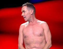 El desnudo integral de Jesús Manuel en 'Sálvame' para evitar que salga a la luz una foto suya muy comprometida