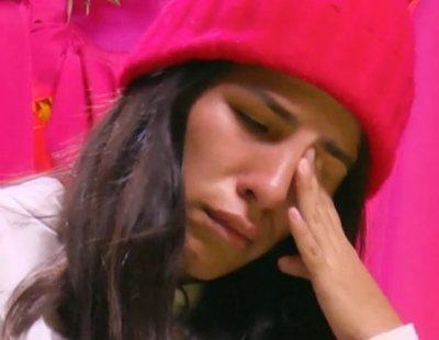 """Chabelita rompe a llorar ante el silencio de su madre: """"No estoy para que me den un corte"""""""