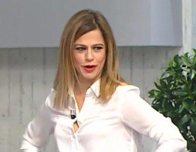 La aparatosa caída de una presentadora de Telemadrid al imitar a David Bisbal