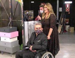 Kiko Hernández aparece en 'Sálvame' en silla de ruedas y confiesa qué objeto conserva de 'GH 3'