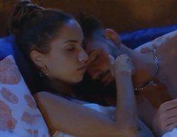 """El inesperado tonteo de Lucía e Isaac en 'La isla de las tentaciones': """"Me ha puesto un poco cachondilla"""""""