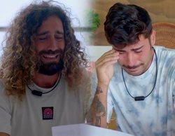 """Claudia y Lara, felices con las cartas de Raúl y Hugo en 'La isla de las tentaciones': """"Me sigue queriendo"""""""