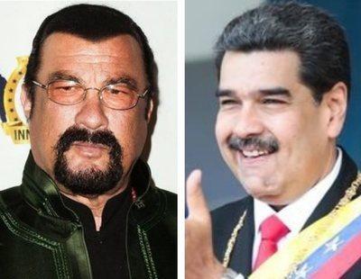 Steven Seagal le hace un inesperado regalo a Nicolás Maduro que inunda las redes de memes