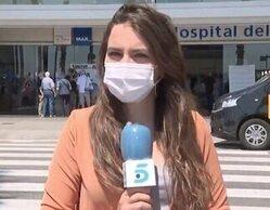 El brutal repaso de una operadora de cámara a un espontáneo que quiso colarse en 'Informativos Telecinco'