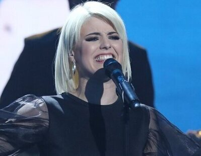 Alba Reche reivindica a los cantantes LGTBIQ+ y explica su desencuentro con una marca