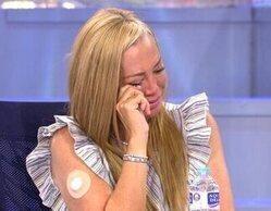 Belén Esteban rompe a llorar en 'Sálvame' al recibir un regalo de Mila Ximénez