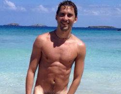 """Paco León, desnudo completamente para celebrar su millón de seguidores en Twitter: """"Lo prometí y aquí está"""""""