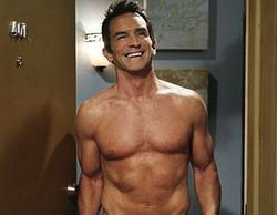 Jeff Probst, presentador de 'Survivor', aparecerá desnudo en un capítulo de 'Two and a Half Men'
