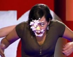 Cristina Pedroche recibe un tartazo en 'Zapeando'