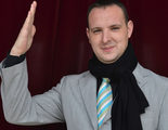 César Rey, concursante de 'Un príncipe para Laura', fue sorprendido por Manolo Escobar en 'A tu vera'