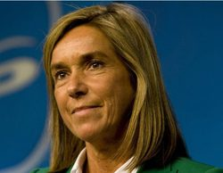 Ana Mato quiere adelantar el horario del fútbol en abierto en prime time