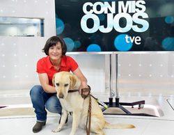 La 2 estrena este domingo 'Con mis ojos', un espacio de viajes presentado por la invidente Pili Calvo
