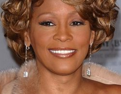 Angela Bassett dirigirá el biopic de Whitney Houston que prepara Lifetime