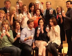 """Tras el """"escándalo"""" de la botella de agua, prohíben a los actores de 'Downton Abbey' llevar ropa interior moderna"""