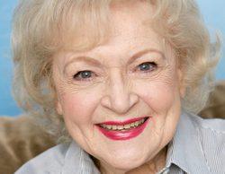Dan por muerta a Betty White tras no leer correctamente el titular de una web satírica