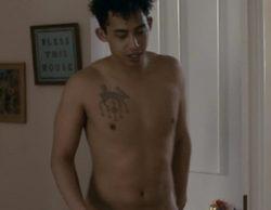 Jordan Stephens protagoniza un desnudo integral en la serie británica 'Glue'