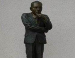 Roban la estatua de Ed Sullivan del Salón de la Fama