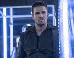 La tercera temporada de 'Arrow' baja en CW con respecto a su estreno