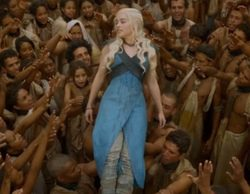 Emilia Clarke desata pasiones entre los extras del rodaje de 'Juego de tronos' en Osuna