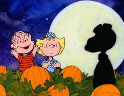 La cadena ABC, criticada por emitir una escena sexual en 'Scandal' nada más acabar 'Charlie Brown'