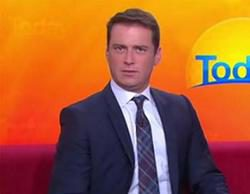Un presentador de televisión australiano lleva el mismo traje durante un año y nadie se da cuenta