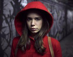 'Caperucita Roja': Un thriller que combina la inocencia de la adolescencia, los peligros del cibersexo y un lobo sin piedad