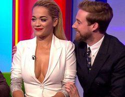 La BBC recibe 400 quejas por un provocativo escote de Rita Ora en un programa familiar