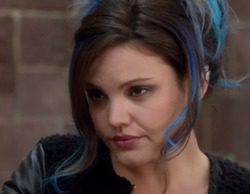 """'The Mysteries of Laura' 1x11 Recap: """"The Mystery of the Frozen Foodie"""""""