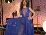 Marta Torné luce en 'Hable con ellas' las transparencias del vestido de Cristina Pedroche durante las Campanadas de laSexta