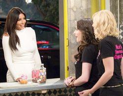 TNT estrena la cuarta temporada de 'Dos chicas sin blanca', donde Kim Kardashian hará un cameo estelar