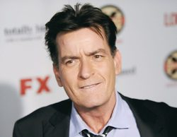 """Charlie Sheen llama """"héroe"""" a Brian Williams, el presentador de NBC suspendido por mentir"""