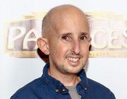 Ben Woolf ('American Horror Story'), en estado crítico tras ser atropellado por un coche