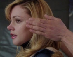 """'The Mysteries of Laura' 1x16 Recap: """"The Mystery of the Ensanguinated Ex"""""""