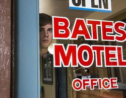 "'Bates Motel' 3x01 Recap: ""A death in the family"""
