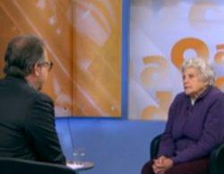 """Un periodista de 8TV a la madre de una de las víctimas de Germanwings: """"¿Tiene asumido que no verá más a su hijo?"""""""