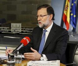Polémica y acusaciones de propaganda por unas declaraciones de Rajoy en la cuenta de Twitter del Canal 24 horas