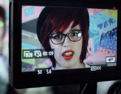 Chicas de reality protagonizan una inédita campaña de educación sexual en Chile dirigida a lesbianas