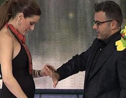 Raquel Sánchez Silva luce embarazo en la primera gala de 'Supervivientes 2015'