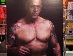 """'Sálvame Deluxe' muestra una de foto Kiko Matamoros completamente """"desnudo"""""""
