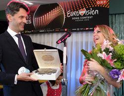A un mes de Eurovisión, Edurne canta para el embajador de Austria en Madrid