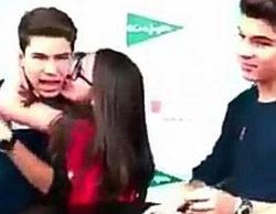 El vídeo del desprecio de los Gemeliers ('La Voz Kids') a una fan indigna a los usuarios de las redes sociales
