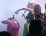 Dulce María ('Rebelde') defiende a Belinda después de que ofreciera alcohol a sus fans en un concierto